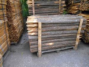 Piquet En Bois Pour Cloture : piquets cloture en robinier menuiserie bertin ~ Farleysfitness.com Idées de Décoration