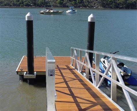 Pontoon Boat Manufacturers Rankings by Marine Dock Gallery