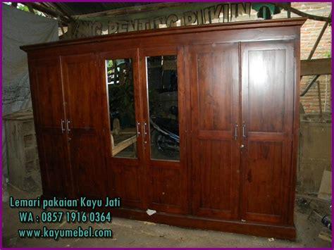 harga lemari pakaian kayu biasaharga lemari pakaian kayu