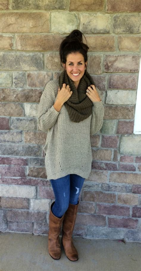 What I Wore Real Mom Style Oversized Sweater Outfit