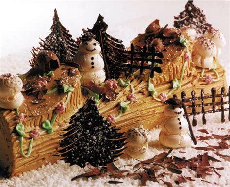 buche de noel images  pinterest christmas