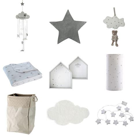 deco chambre etoile inspiration déco 1 nuages et étoiles pour la chambre de