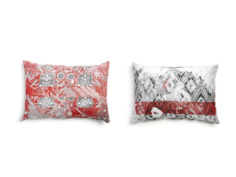 coussin rectangulaire en tissu pour canap 233 2 by moooi 169 design marcel wanders