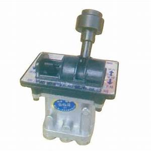 China 5 Hole Hydraulic Valve Manual Lever Air Control For
