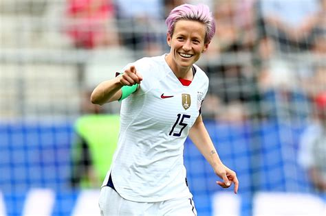 flipboard megan rapinoe  backing  anti white house