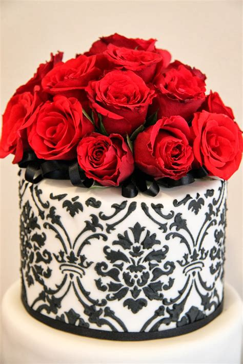 Cheers to sixty stunning years! Leonie's Cakes and Parties . . . . .: 60th Birthday Cake