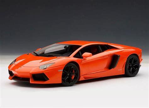 lamborghini aventador lp  diecast model car  autoart