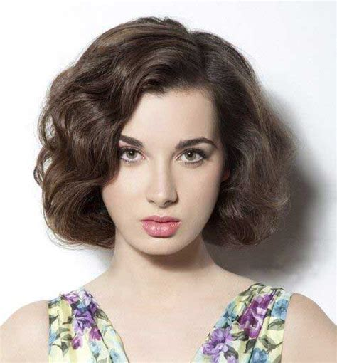 short hairstyles  thick wavy hair