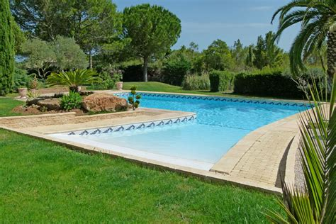 Pool : Languedoc Holiday Villa For 2 With Pool To Rent Near St