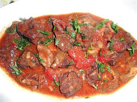 cuisiner le sanglier en daube cuisiner du sanglier le cuissot de sanglier rôti au four
