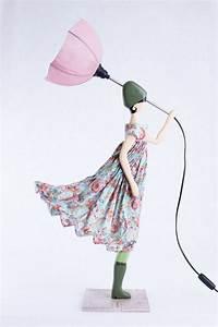 Lampe Frau Mit Schirm : lampada myrto skitso tami concept store ~ Eleganceandgraceweddings.com Haus und Dekorationen