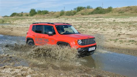 2015 Jeep Renegade Trailhawk Hd Wallpapers, The