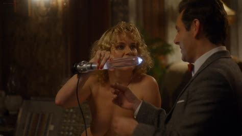 Nackte Nicholle Tom In Masters Of Sex