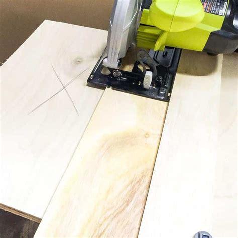 diy circular  jig  perfectly straight cuts