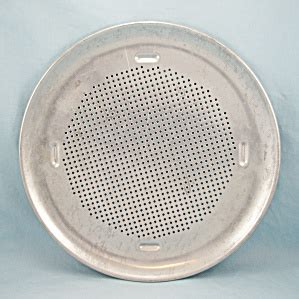 rema patnd perforated pizza pan  inches perfect crust cookware  tipp eclectics