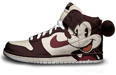Cute Modern Mickey Nikes X Vintage Mickey Nike
