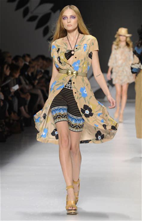 Foto Modelle In Costume Da Bagno - come si organizza una sfilata di moda lettera43 it