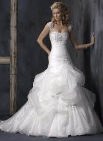 discounted wedding dresses white strapless embellished lace organza a line princess wedding dress prlog