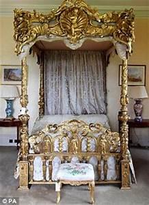 Viktorianisches Haus Kaufen : bed attributed to louis delanois louis xv era former lagerfeld collection 18th century ~ Markanthonyermac.com Haus und Dekorationen