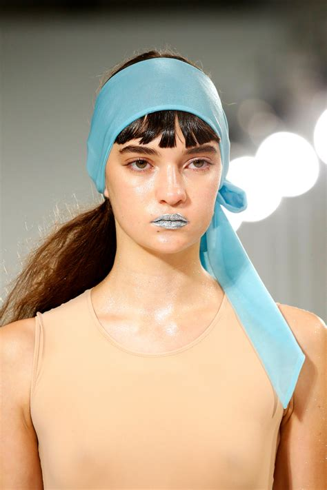 beauty trends  makeup   fashion month