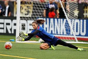 USWNT goalkeeper Hope Solo's Muscle Activation Technique ...