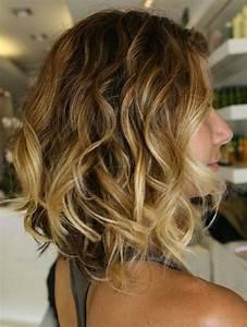 Coupe De Cheveux Mi Court : 114 magnifiques photos de coiffure courte ~ Nature-et-papiers.com Idées de Décoration