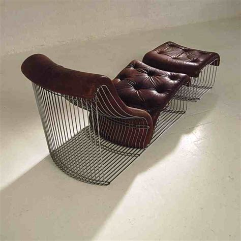 chaise pantone chaise longue and stool design quot verner panton quot original