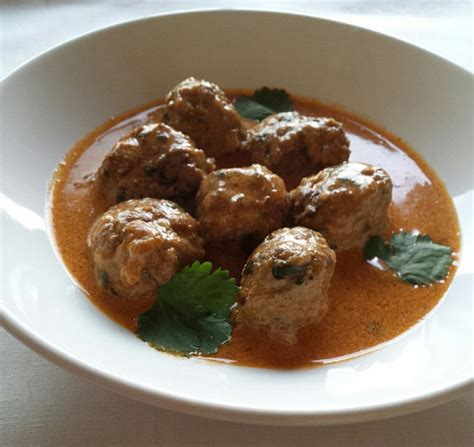 comment cuisiner des boulettes de viande boulettes de viande à la marocaine sauce au lait de coco