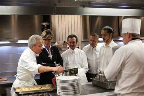 groupe de cuisine le groupe barrière propose des formations rémunérées de