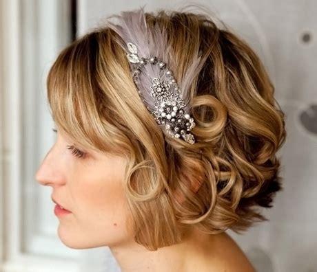 coiffure mariage cheveux courts frisés coiffure mariage cheveux tr 232 s courts