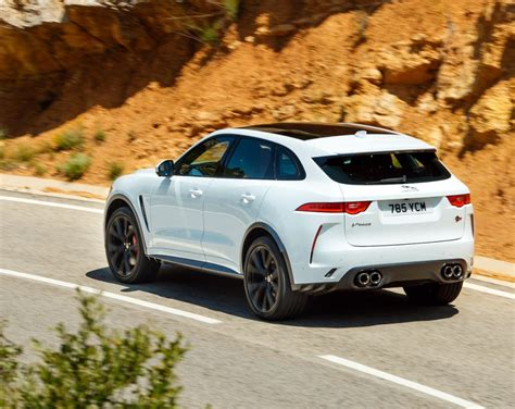 But this is no begrudging concession to fashion. Here Is What the 2019 Jaguar F-Pace SVR All About! A ...