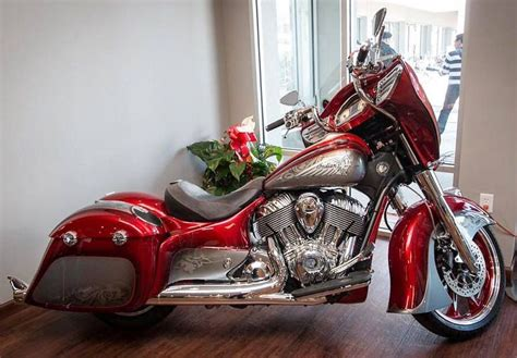 2015 Indian Motorcycles Custom Paint Details.