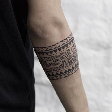 The 25+ Best Ideas About Armband Tattoo On Pinterest
