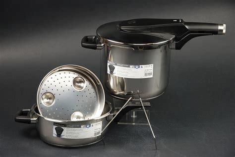 wmf schnellkochtopf set wmf schnellkochtopf set pro 6 5 3 0 liter 2 tlg duo set 07 9626 6040 ebay