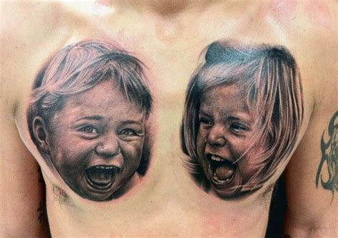 portraet realistische brust kinder tattoo von da silva tattoo