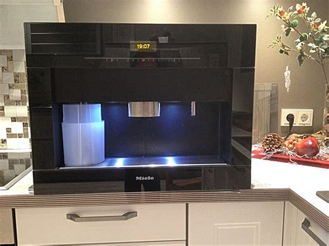 bosch einbau kaffeemaschine kaffeevollautomaten cva 5060 sw einbau kaffeevollautomat miele k 252 chenger 228 t blub k 252 chen