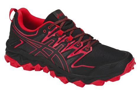 nägel schwarz rot asics schuhe trail gel fujitrabuco 7 schwarz rot