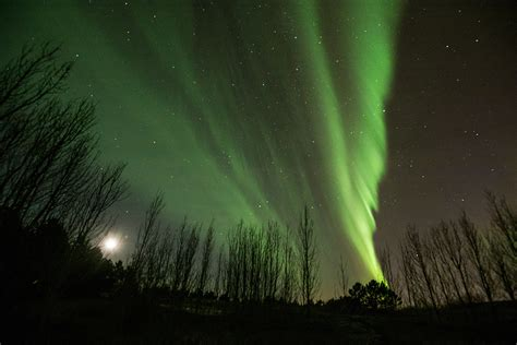 what is the northern lights the best time and place to see the the northern lights in