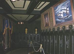 When was the Haunted Mansion built in Disneyland | The ...