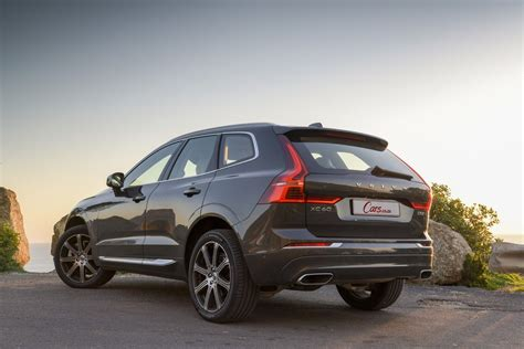 The xc60 is part of volvo's 60 series of automobiles, along with the s60, s60 cross country, v60, and v60 cross country. Volvo XC60 D5 AWD Inscription (2018) Review [w/Video ...