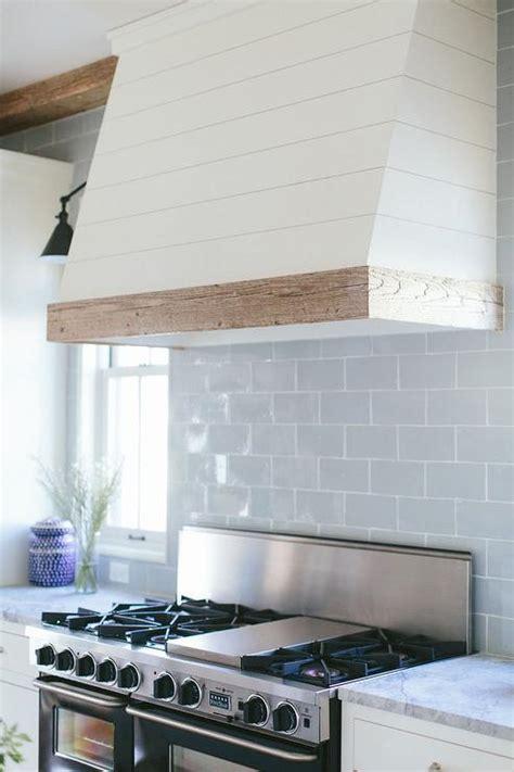 blue french stove  oval backsplash tiles