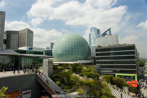 photo  dome imax spherical cinema la defense paris france