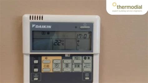 wall mounted heating and cooling how to change the and day on a daikin air
