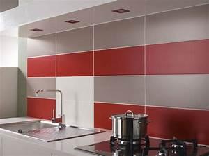 Credence de cuisine avec carrelage mural rouge photo 2 20 for Carrelage mural rouge cuisine