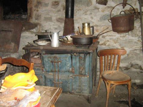 cuisine ancienne cagne une cuisine ancienne reconstituée de ibiepatch