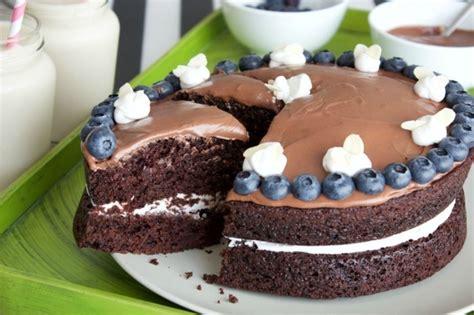 Veganer Kuchen Mit Himbeer-kokos-sahne Einfach Zubereitet