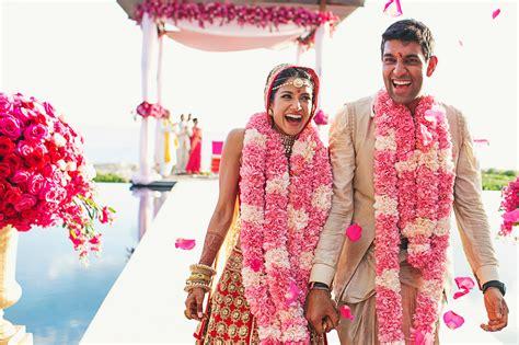 Indian Wedding : An Extravagant, Glamorous Indian Wedding At Amanyara In