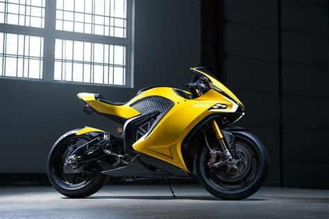 Damon Hypersport E-Motorcycle Unveiled At CES 2020 ...