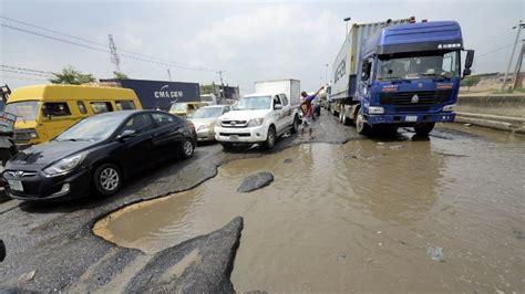 majority  nigerias roads  motorable