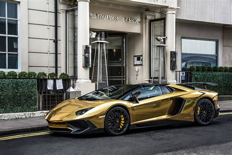 lamborghini aventador sv roadster gold a gold lamborghini aventador sv roadster in london